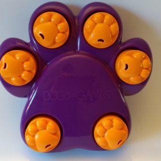 puzzelen met de Mini paw hide puzzel