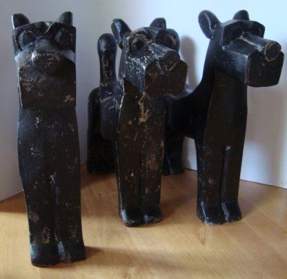 ByMooss houten honden zwart groep woondecoratie