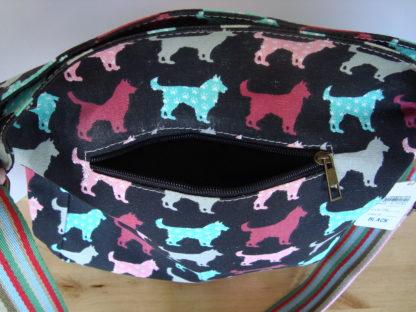 canvas schoudertas zwart hondenprint voorvak