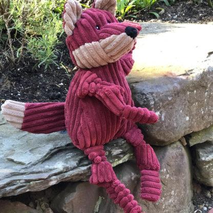 HuggleHounds knottie-fox-outside2